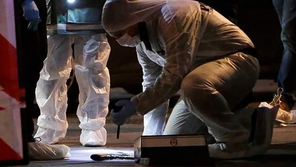 Нападавший в Марселе применил нож и пистолет