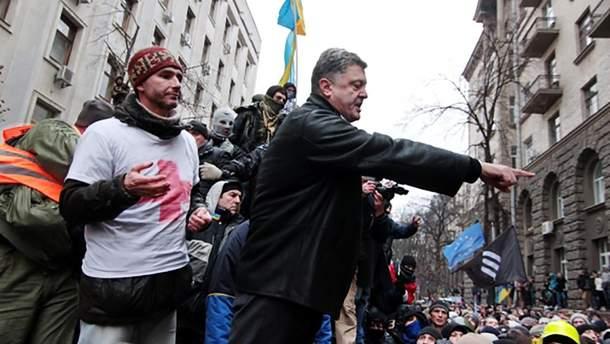 Петр Порошенко на Майдане в 2014 году