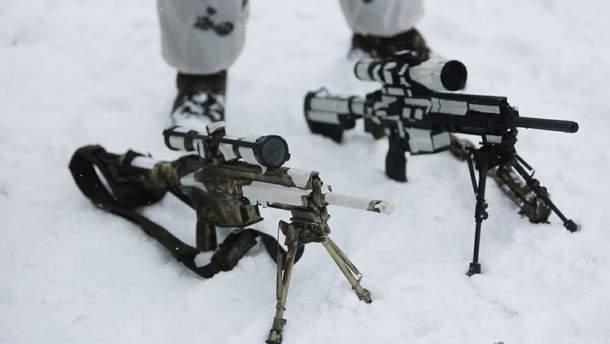 В украинских военных стрелял снайпер на оккупированном Донбассе: один солдат ранен