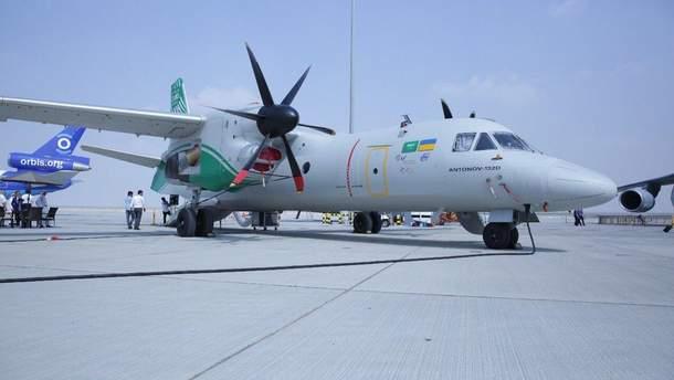 Украинский самолет АН-132D
