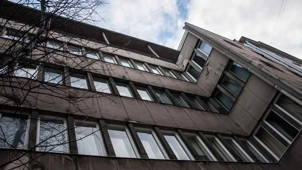 Зразковий модерністичний будинок на Герцена у Львові: зовні і зсередини