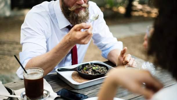 Чому небезпечно відмовлятися від обідньої перерви