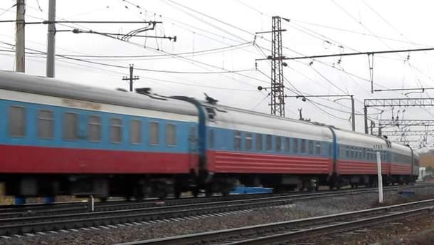 Когда поедет первый поезд незаконным Керченским мостом: в аннексированном Крыму анонсировали дату