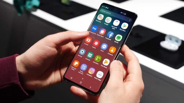 Смартфон Samsung Galaxy S10 протестировали на производительность