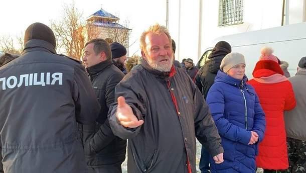 На Волыни священник УПЦ МП открыл стрельбу по прихожанам, которые перешли в ПЦУ