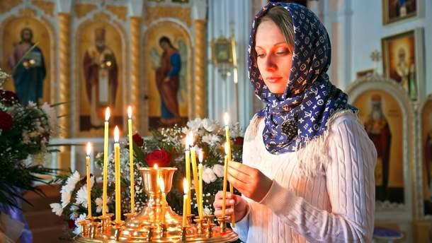 В ПЦУ опровергли популярный миф о ношении платков верующим женщинам