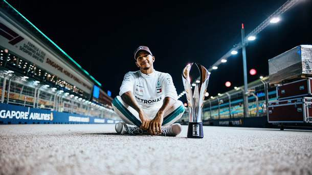 Льюїс Хемілтон хоче спробувати себе у ралі чи MotoGP