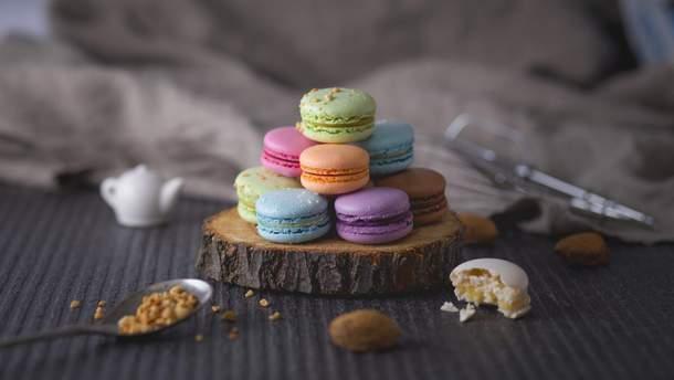 Як приготувати ідеальні макаруни: рецепт вишуканого десерту
