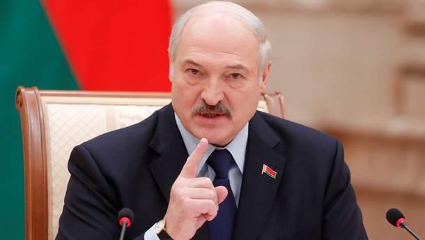 Два брати б'ються, а третій має розборонити, – Лукашенко хоче зупинити війну в Україні