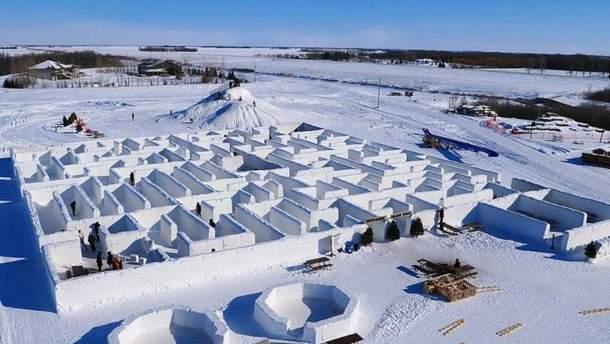 Сніговий лабіринт у Канаді