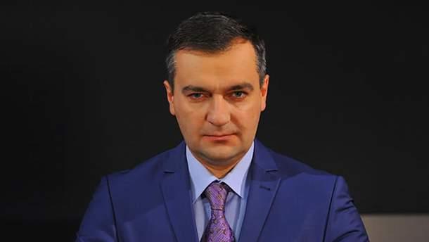 Дмитрий Гнап снимает свою кандидатуру с президентских выборов