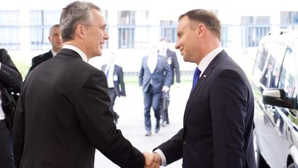 Дуда та Столтенберг обговорили допомогу Україні