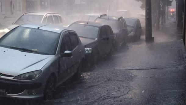 В Польше непогода – сорваны крыши, дома без электричества и есть пострадавшие