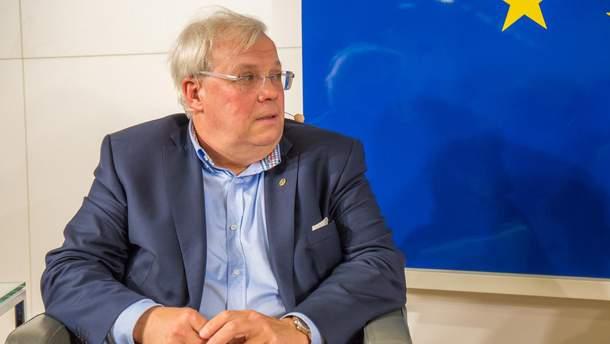 Кристиан Вершютц, которому Украина запретила въезд