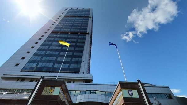 Из-за непогоды пострадало здание Апелляционного суда в Киеве