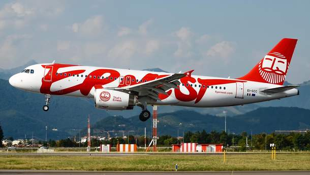 Самолет авиакомпании Ernest Airlines