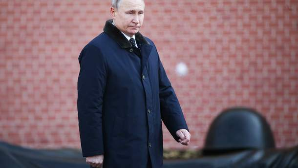 Путін відвідає окупований Крим