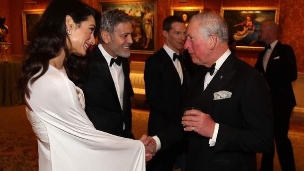 Джордж та Амаль Клуні вітаються з принцом Чарльзом