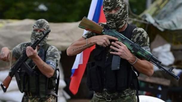 Россия усиливает свои незаконные группировки на Донбассе
