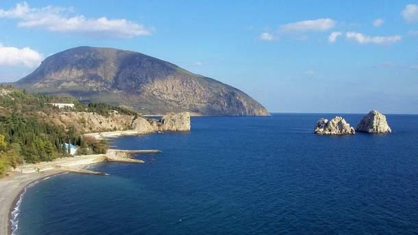 Російські окупанти у Криму готують для китайців тури по анексованому півострову