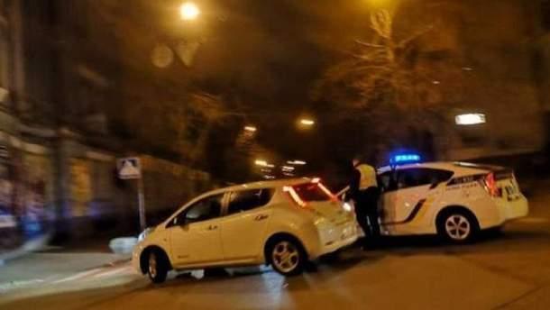 Полиция перекрыла в столице улице возле Администрации президента