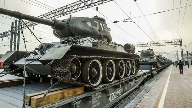Эшелон российской военной техники на границе с Украиной