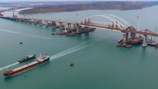 Загроза падіння Кримського мосту