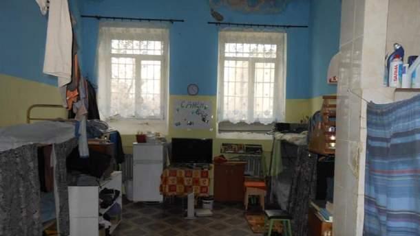 Камера, в которой удерживают Кирилла Вышинского