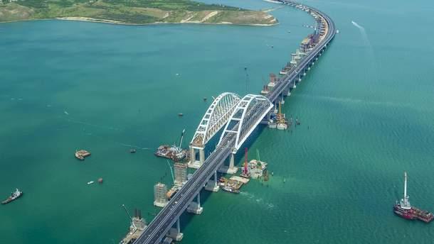 Запуск залізниці загрожує Кримському мосту катастрофою