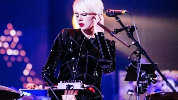 На концерт, не выходя из дома: группа ONUKA представила видео с грандиозного шоу