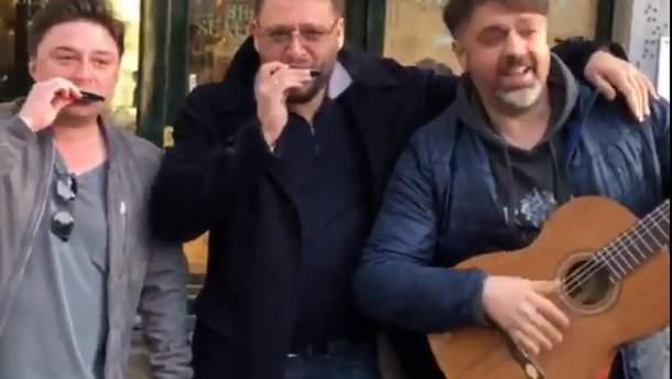 Добкін збирав гроші на вулицях Амстердама: відеодоказ