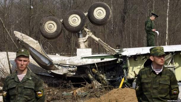В самолете президента Польши Леха Качиньского нашли следы взрывоопасных материалов