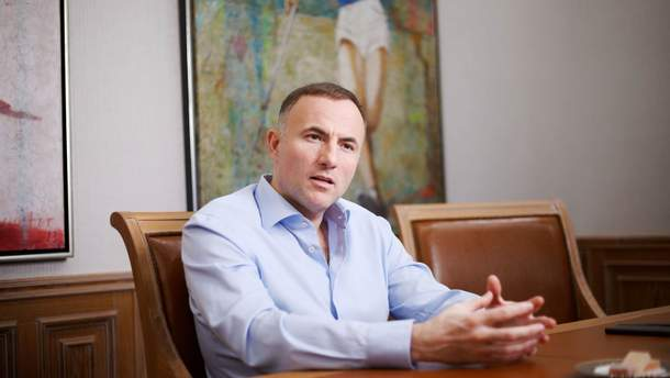 """Фукс, Гладковский и все-все-все.  Схемы олигарха оказались частью афер в """"Укроборонпроме"""""""
