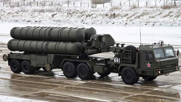 Российская система зенитно-ракетной установки С-400