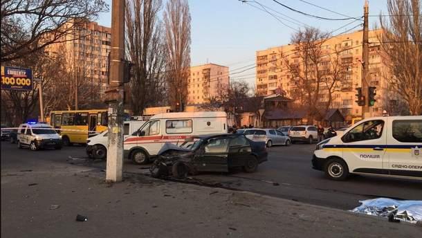 Місце жахливої ДТП в Одесі