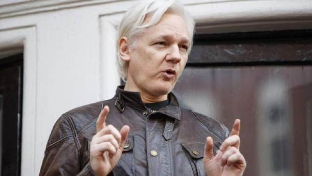 julian assange - 16 часов