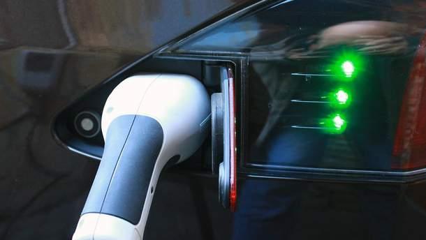 5% місць на українських парковках будуть обладнані електрозарадками