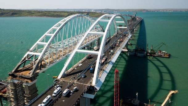 Кримський міст закривають для вантажівок