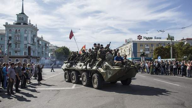 Жизнь под обстрелами: как относятся к тем, кто остался в Луганске во время оккупации