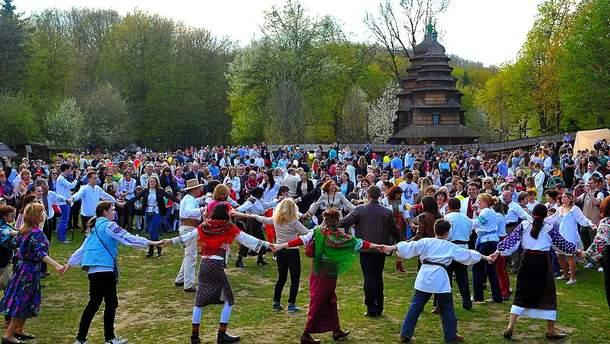 Куди поїхати на Великдень в Україні: найкращі місця для відпочинку