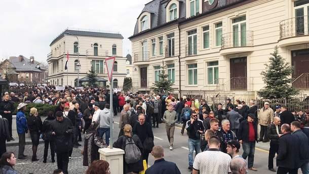 Мітинги біля штабу Зеленського: хронологія подій