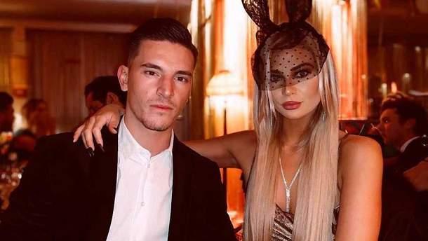 Беньямин Вербич со своей девушкой