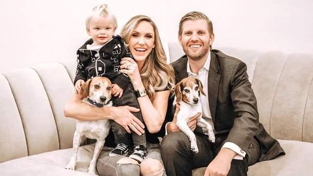 Эрик Трамп с женой Ларой и сыном