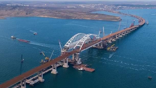 Українські кораблі здійснять прохід Керченською протокою