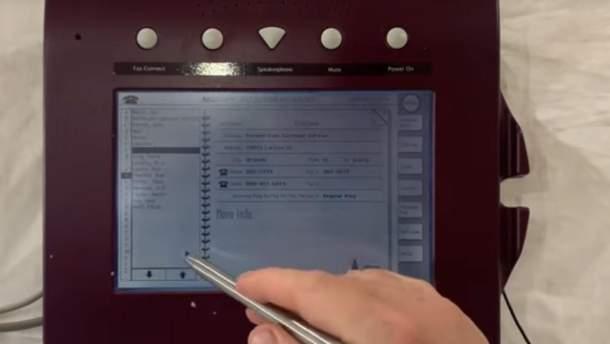 В сети появился уникальный ретро-планшет Apple