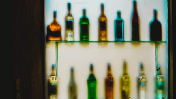 Чому викликає алкоголізм