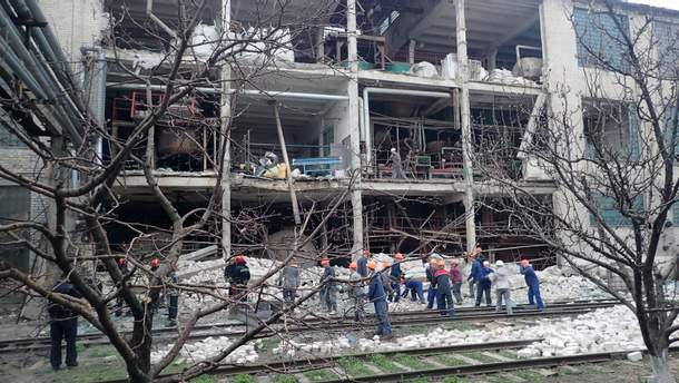 Вибух на заводі у Лисичанську 13 квітня