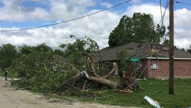 Разрушительный торнадо пронесся Техасом: двое детей погибли