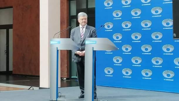 Петр Порошенко прибыл на дебаты