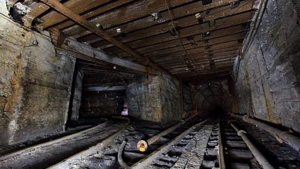 В шахте Донецкой области произошел обвал, погиб горняк
